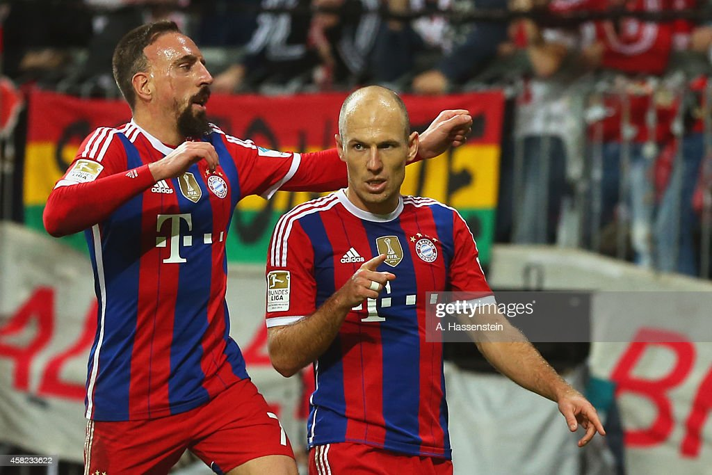 Arjen Robben of Muenchen celebrates scoring the 2nd team gaol with his team mate Franck Ribery during the Bundesliga match between FC Bayern Muenchen...