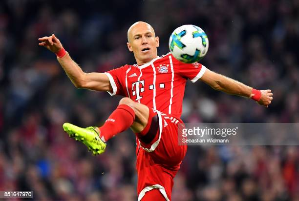 Arjen Robben of Muenchen controls the ball during the Bundesliga match between FC Bayern Muenchen and VfL Wolfsburg at Allianz Arena on September 22...