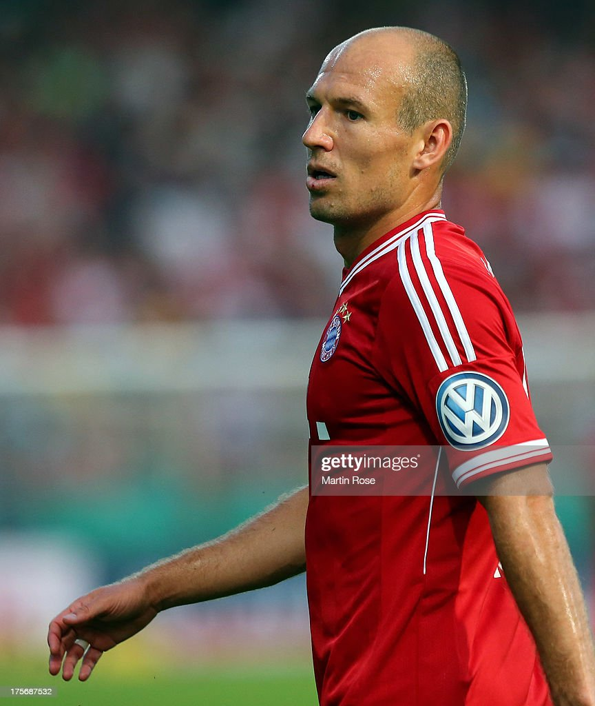 <a gi-track='captionPersonalityLinkClicked' href=/galleries/search?phrase=Arjen+Robben&family=editorial&specificpeople=194740 ng-click='$event.stopPropagation()'>Arjen Robben</a> of Muenchen reacts during the DFB Cup first round match between BSV SW Rehden and Bayern Muenchen at osnatel Arena on August 5, 2013 in Osnabrueck, Germany.