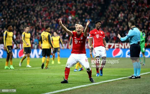 Arjen Robben of Muenchen reacts during the UEFA Champions League Round of 16 first leg match between FC Bayern Muenchen and Arsenal FC at Allianz...