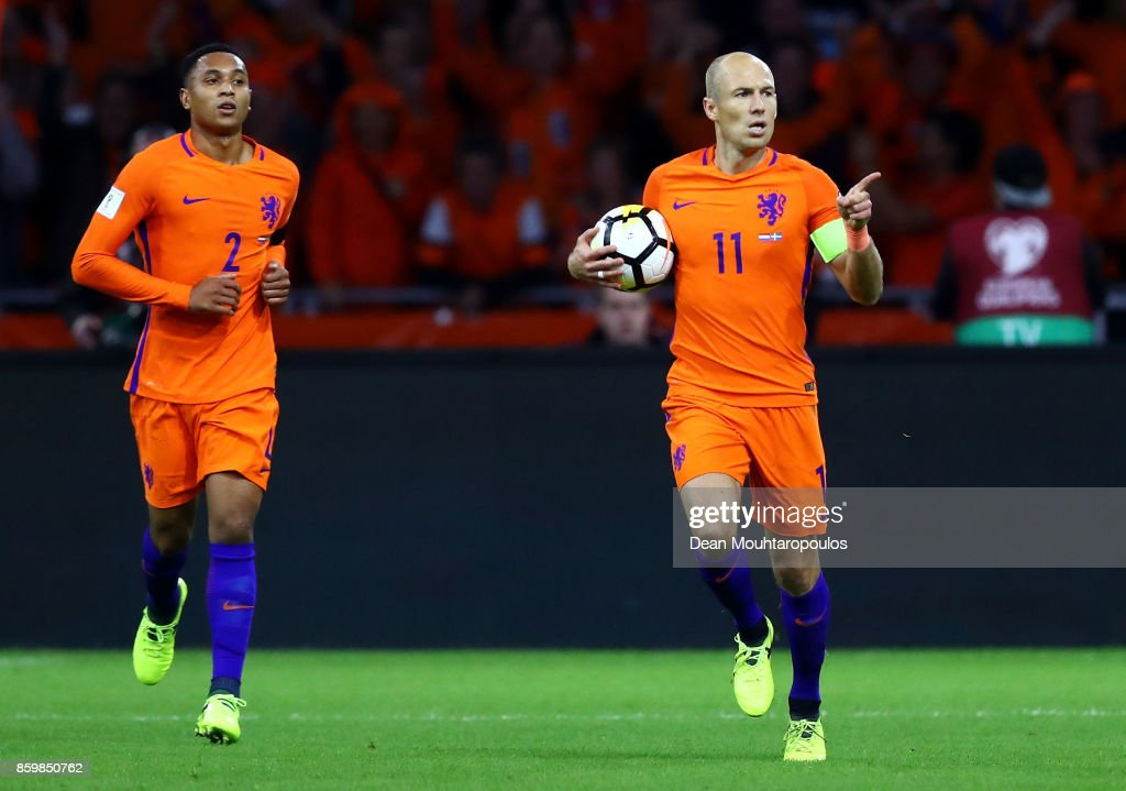 Arjen Robben of Netherlands celebrates scoring the 1st goal with Kenny Tete of Netherlands during the FIFA 2018 World Cup Qualifier between Netherlands and Sweden at the Amsterdam Arena on October 10, 2017 in Amsterdam, Netherlands.