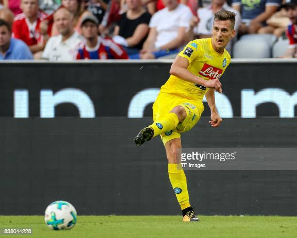 Arkadiusz Milik of Napoli controls the ball during the first Audi Cup football match between Atletico Madrid and SSC Napoli in the stadium in Munich...
