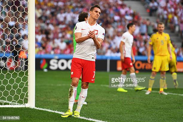 Arkadiusz Milik of Poland reacts after missing a chance during the UEFA EURO 2016 Group C match between Ukraine and Poland at Stade Velodrome on June...