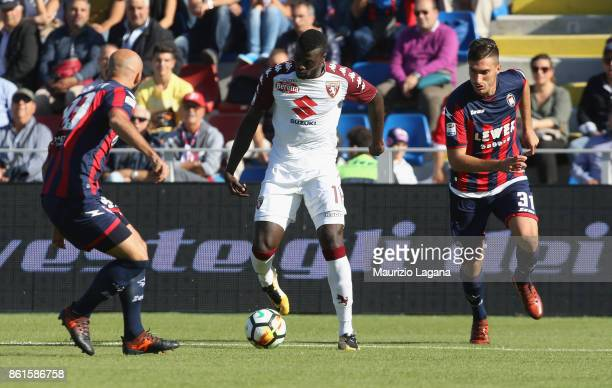 Arlind Ajeti of Crotone competes for the ball with M'Baye Niang of Torino during the Serie A match between FC Crotone and Torino FC at Stadio...