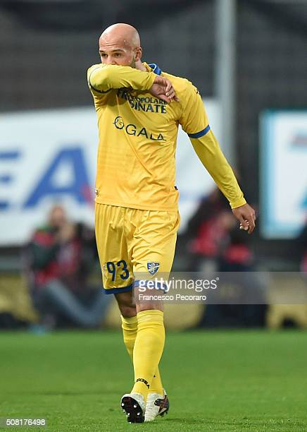 Arlind Ajeti of Frosinone reats after becoming injured during the Serie A match between Frosinone Calcio and Bologna FC at Stadio Matusa on February...