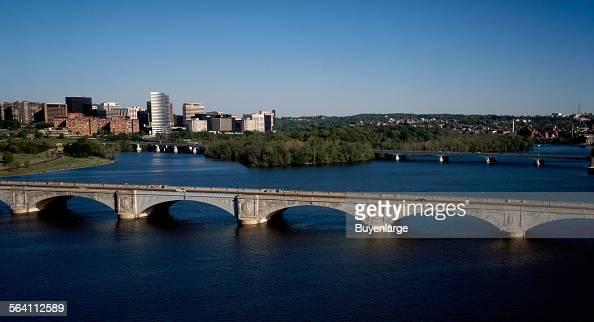 Arlington Memorial Bridge over the Potomac River between the Lincoln Memorial in Washington and Arlington National Cemetery in Virginia