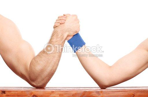 Armdrücken Zwischen Ein Muskeln Arm Und Skinny Einem Stock-Foto ...