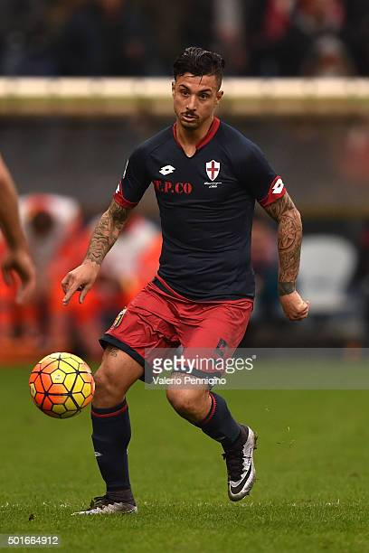 Armando Izzo of Genoa CFC in action during the Serie A match betweeen Genoa CFC v Bologna FC at Stadio Luigi Ferraris on December 12 2015 in Genoa...