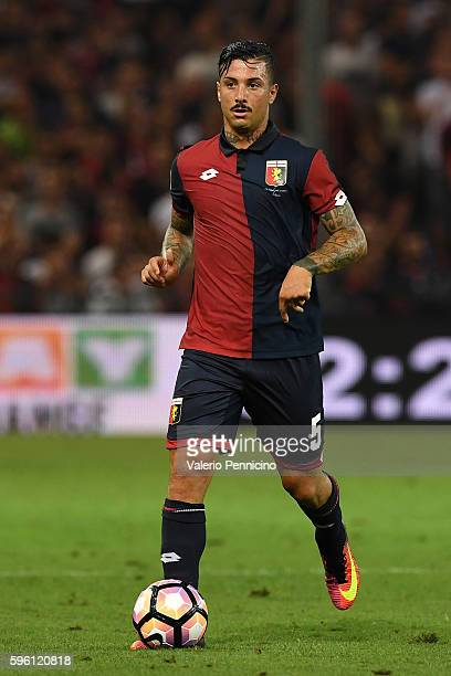 Armando Izzo of Genoa CFC in action during the Serie A match between Genoa CFC and Cagliari Calcio at Stadio Luigi Ferraris on August 21 2016 in...