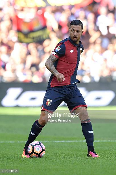 Armando Izzo of Genoa CFC in action during the Serie A match between Genoa CFC and Pescara Calcio at Stadio Luigi Ferraris on September 25 2016 in...