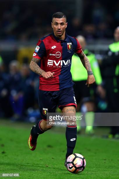 Armando Izzo of Genoa CFC in action during the Serie A match between Genoa CFC and UC Sampdoria at Stadio Luigi Ferraris on March 11 2017 in Genoa...