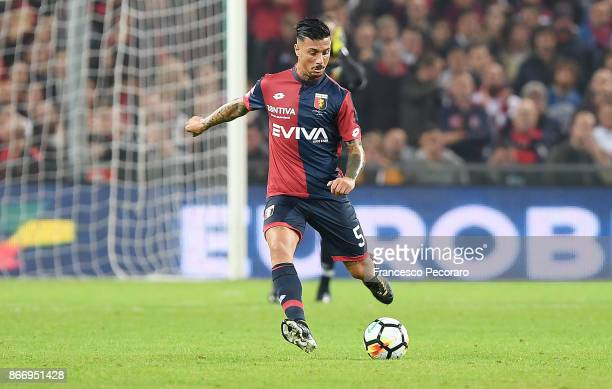 Armando Izzo of Genoa CFC in action during the Serie A match between Genoa CFC and SSC Napoli at Stadio Luigi Ferraris on October 25 2017 in Genoa...