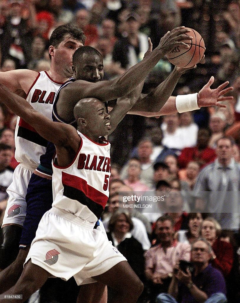 Former NBA Player Armen Gilliam Dies At 47 s and