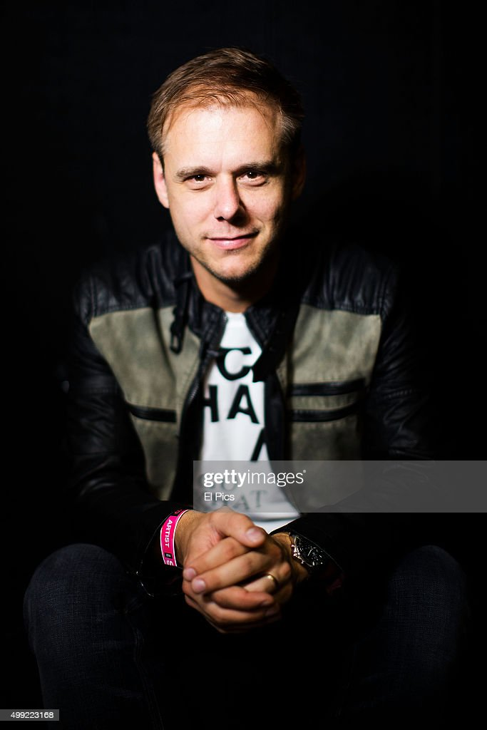 <a gi-track='captionPersonalityLinkClicked' href=/galleries/search?phrase=Armin+van+Buuren&family=editorial&specificpeople=801189 ng-click='$event.stopPropagation()'>Armin van Buuren</a> headlines Stereosonic Sydney on November 28, 2015 in Sydney, Australia.