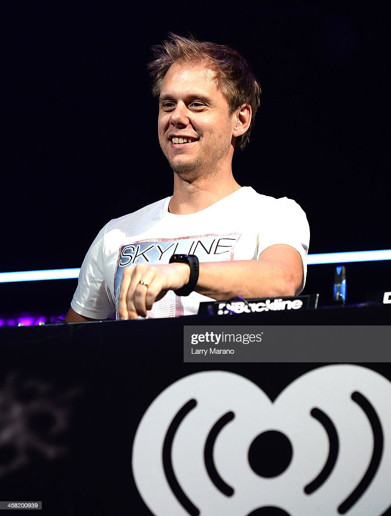 <a gi-track='captionPersonalityLinkClicked' href=/galleries/search?phrase=Armin+van+Buuren&family=editorial&specificpeople=801189 ng-click='$event.stopPropagation()'>Armin van Buuren</a> performs onstage during Y100's Jingle Ball 2013 Presented by Jam Audio Collection at BB&T Center on December 20, 2013 in Miami, Florida.