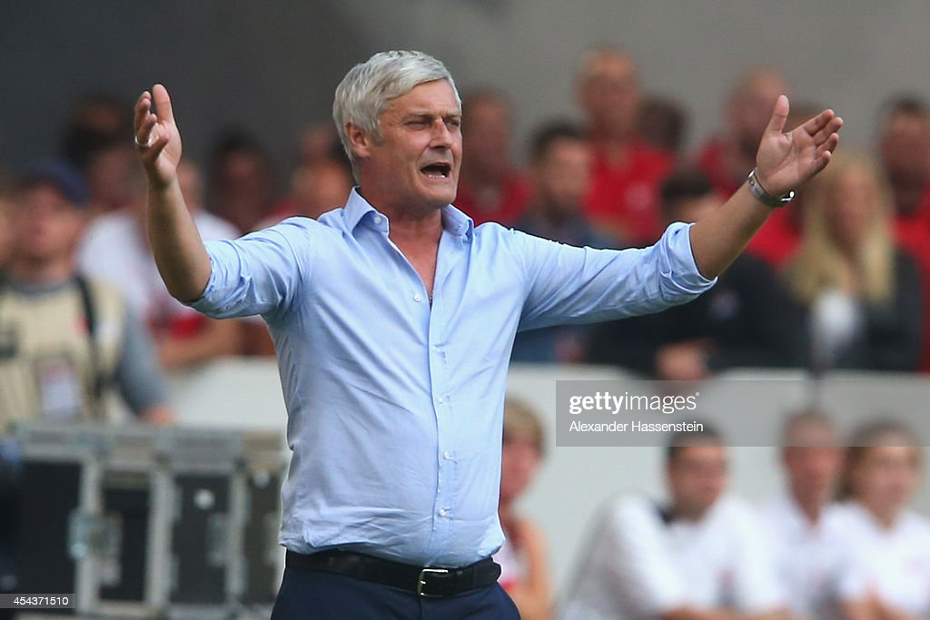 <a gi-track='captionPersonalityLinkClicked' href=/galleries/search?phrase=Armin+Veh&family=editorial&specificpeople=683317 ng-click='$event.stopPropagation()'>Armin Veh</a>, head coach of Stuttgart reacts during the Bundesliga match between VfB Stuttgart and 1. FC Koeln at Mercedes-Benz Arena on August 30, 2014 in Stuttgart, Germany.