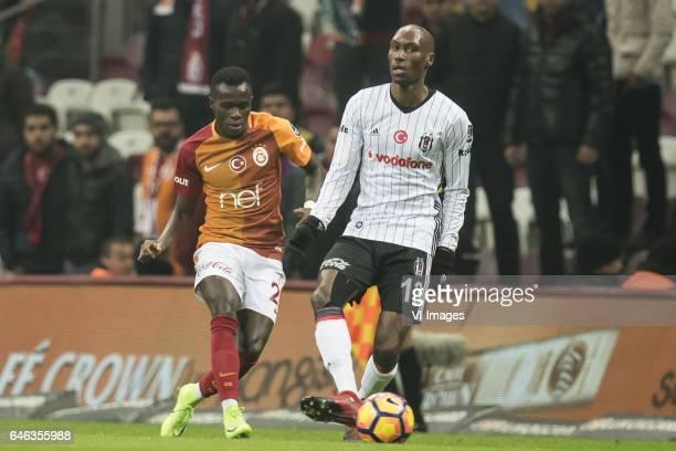 Armindo Bagna of Galatasaray Atiba Hutchinson of Besiktas JKduring the Turkish Spor Toto Super Lig football match between Galatasaray SK and Besiktas...