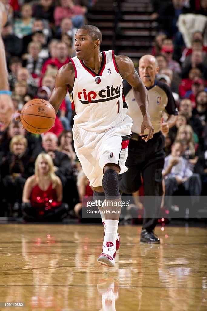 <a gi-track='captionPersonalityLinkClicked' href=/galleries/search?phrase=Armon+Johnson&family=editorial&specificpeople=6530698 ng-click='$event.stopPropagation()'>Armon Johnson</a> #1 of the Portland Trail Blazers dribbles the ball against the New Orleans Hornets during a game on November 26, 2010 at the Rose Garden Arena in Portland, Oregon.