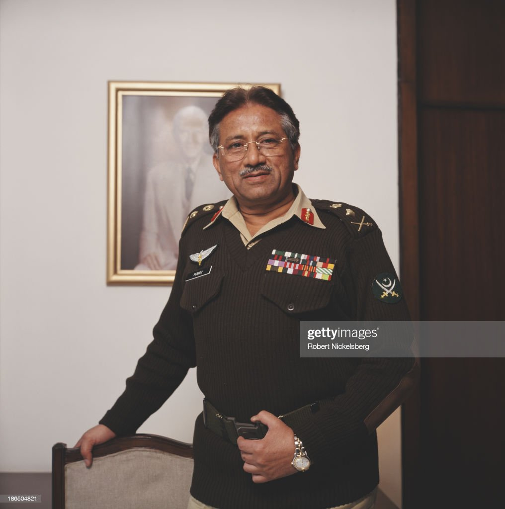 Army general, politician, and tenth President of Pakistan, <a gi-track='captionPersonalityLinkClicked' href=/galleries/search?phrase=Pervez+Musharraf&family=editorial&specificpeople=121550 ng-click='$event.stopPropagation()'>Pervez Musharraf</a>, 2000.