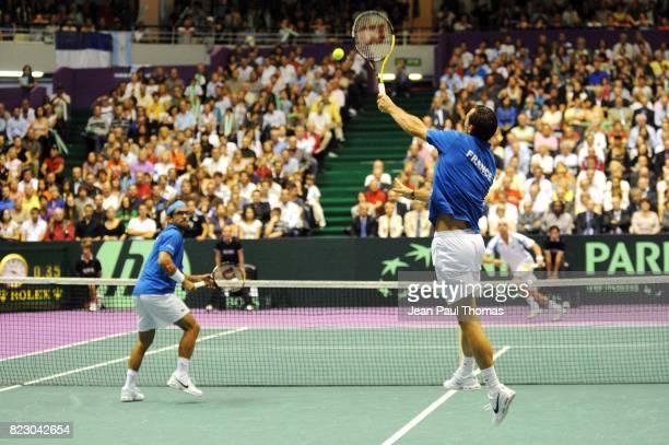 Arnaud CLEMENT / Michael LLODRA 1/2 Finale Coupe Davis 2010 Match 3 Palais des sports de Gerland Lyon
