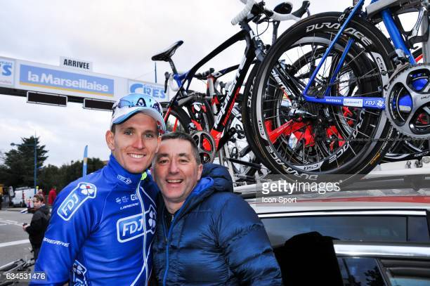 Arnaud Demare of Fdj and his mechanic during the stage 1 of the Etoile of Besseges on February 1 2017 in Beaucaire France