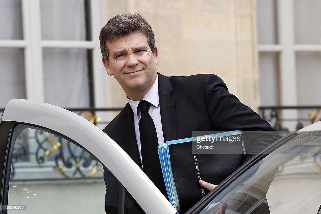 <a gi-track='captionPersonalityLinkClicked' href=/galleries/search?phrase=Arnaud+Montebourg&family=editorial&specificpeople=588268 ng-click='$event.stopPropagation()'>Arnaud Montebourg</a>, Minister of Economy, Productive Recovery and Digital leaves after a cabinet meeting at the Elysee Palace on May 7, 2014 in Paris, France.