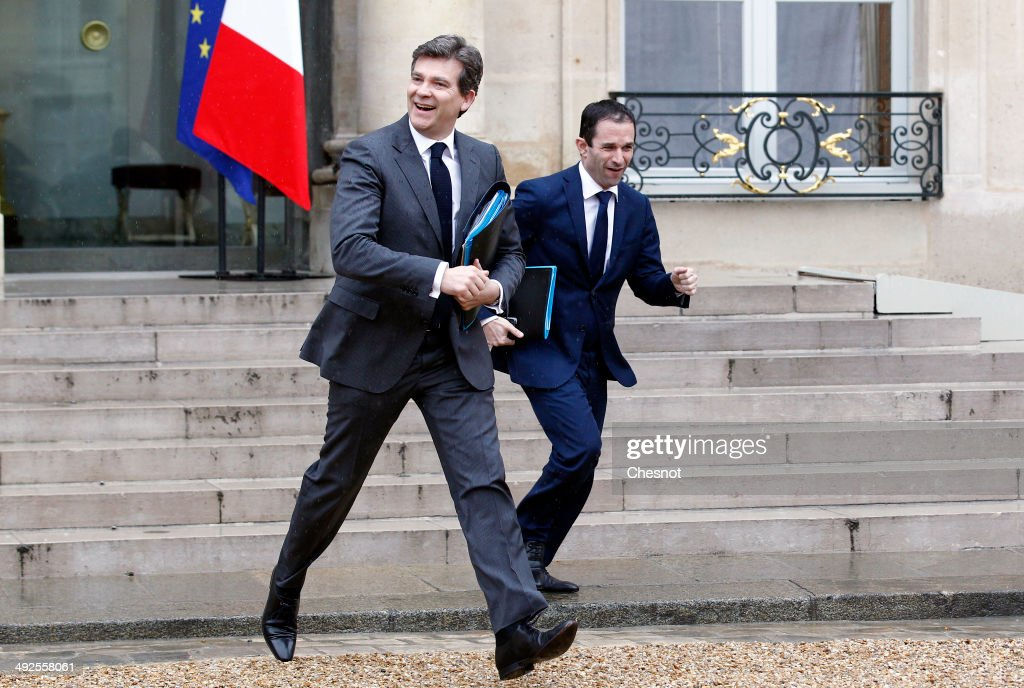<a gi-track='captionPersonalityLinkClicked' href=/galleries/search?phrase=Arnaud+Montebourg&family=editorial&specificpeople=588268 ng-click='$event.stopPropagation()'>Arnaud Montebourg</a>(L), Minister of Economy, Productive Recovery and Digital and Benoit Hamon, Minister of National Education, Higher Education and Research leave after a cabinet meeting at the Elysee Palace on May 21, 2014 in Paris, France.