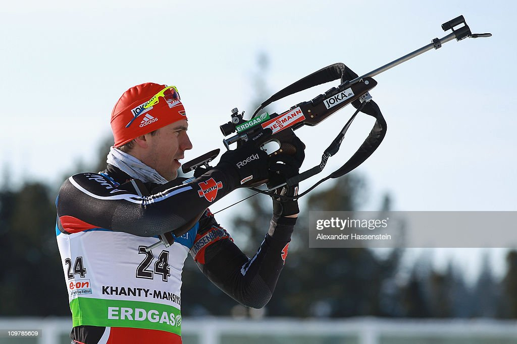 Arnd Peiffer of Germany competes at the zeoring prior the men's 10km sprint during the IBU Biathlon World Championships at AV Philipenko winter...