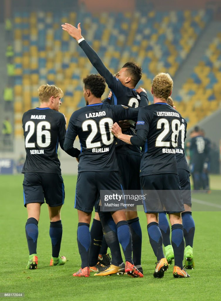 Arne Maier, Valentino Lazaro, Davie Selke and Fabian Lustenberger of Hertha BSC celebrate after scoring the 1:1 during the Europa League group J game between Zorya Luhansk against Hertha BSC on October 19, 2017 in Lwiw, Ukraine.