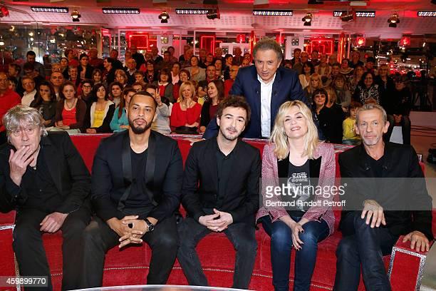 Arno Disiz Renan Luce Michel Drucker Emmanuelle Seigner and Alain Lanty attend the 'Vivement Dimanche' French TV Show special Album 'La bande a...