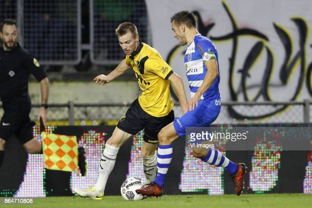 Arno Verschueren of NAC Breda Bram van Polen of PEC Zwolle during the Dutch Eredivisie match between NAC Breda and PEC Zwolle at the Rat Verlegh...