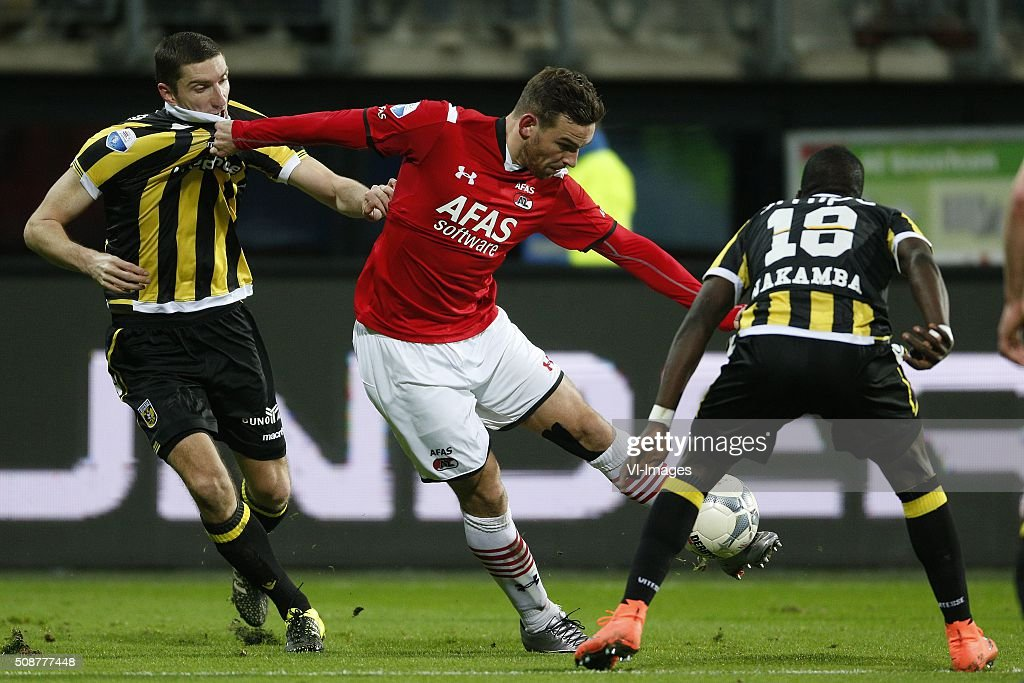 , Arnold Kruiswijk of Vitesse, Vincent Janssen of AZ Alkmaar, Marvelous Nakamba of Vitesse during the Dutch Eredivisie match between AZ Alkmaar and Vitesse Arnhem at AFAS stadium on February 06, 2016 in Alkmaar, The Netherlands