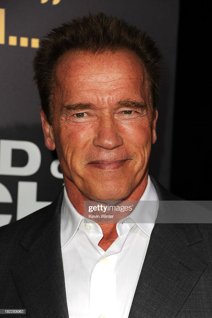 <a gi-track='captionPersonalityLinkClicked' href=/galleries/search?phrase=Arnold+Schwarzenegger&family=editorial&specificpeople=156406 ng-click='$event.stopPropagation()'>Arnold Schwarzenegger</a> arrives at the premiere of Open Road Films' 'End of Watch' at Regal Cinemas L.A. Live on September 17, 2012 in Los Angeles, California.