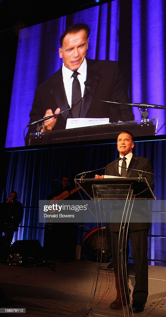<a gi-track='captionPersonalityLinkClicked' href=/galleries/search?phrase=Arnold+Schwarzenegger&family=editorial&specificpeople=156406 ng-click='$event.stopPropagation()'>Arnold Schwarzenegger</a> receives an award for the 2012 Global Advocate of the Year from the United Nations Correspondents Association at Cipriani 42nd Street on December 19, 2012 in New York City.