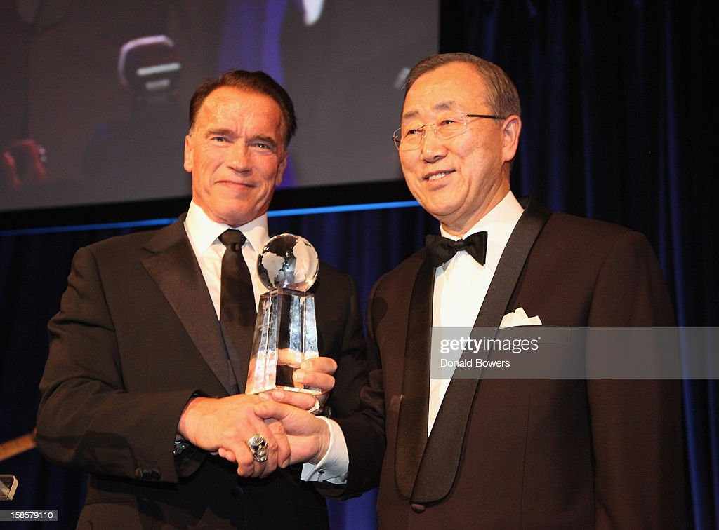 <a gi-track='captionPersonalityLinkClicked' href=/galleries/search?phrase=Arnold+Schwarzenegger&family=editorial&specificpeople=156406 ng-click='$event.stopPropagation()'>Arnold Schwarzenegger</a> receives an award from UN Secretary-General <a gi-track='captionPersonalityLinkClicked' href=/galleries/search?phrase=Ban+Ki-Moon&family=editorial&specificpeople=206144 ng-click='$event.stopPropagation()'>Ban Ki-Moon</a> for the 2012 Global Advocate of the Year from the United Nations Correspondents Association at Cipriani 42nd Street on December 19, 2012 in New York City.