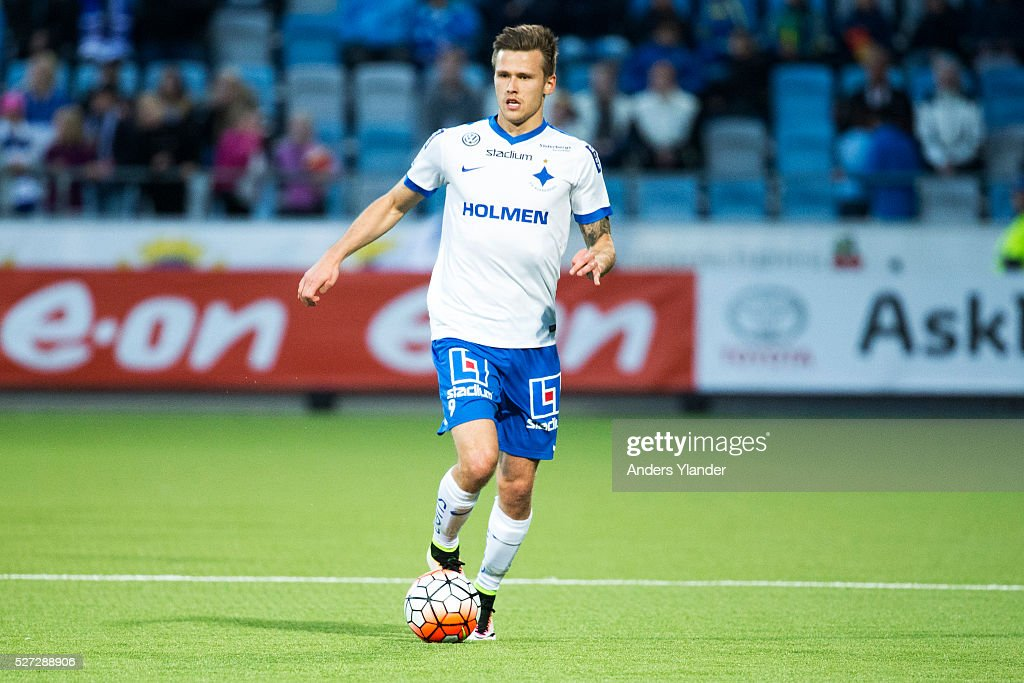 Arnor Ingvi Traustason of IFK Norrkoping in action during the Allsvenskan match between IFK Norrkoping and Helsingborgs IF at Ostgotaporten on May 2, 2016 in Norrkoping, Sweden.