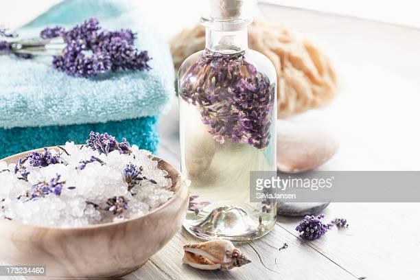 Sal de baño de aromaterapia lavanda y aceite de masaje
