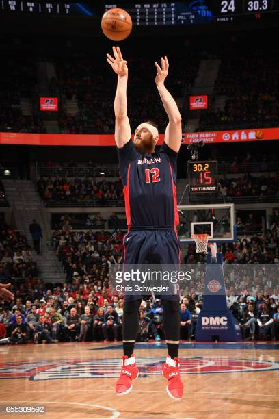 Aron Baynes of the Detroit Pistons shoots the ball against the Phoenix Suns on March 19 2017 at The Palace of Auburn Hills in Auburn Hills Michigan...