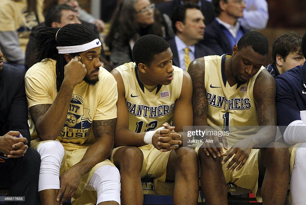 Aron Nwankwo #15, Chris Jones #12 and Jamel Artis #1 of the Pittsburgh Panthers react as time runs out against the Duke Blue Devils at Petersen Events Center on January 27, 2014 in Pittsburgh, Pennsylvania.
