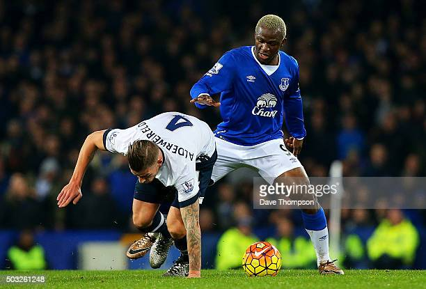 Arouna Kone of Everton battles for the ball with Toby Alderweireld of Tottenham Hotspur during the Barclays Premier League match between Everton and...