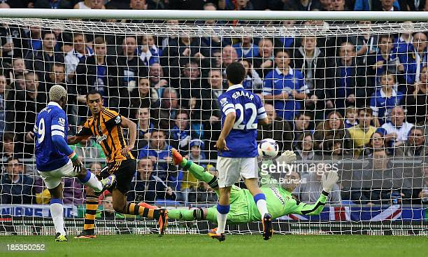 Arouna Kone of Everton misses a close range shot during the Barclays Premier League match between Everton and Hull City at Goodison Park on October...
