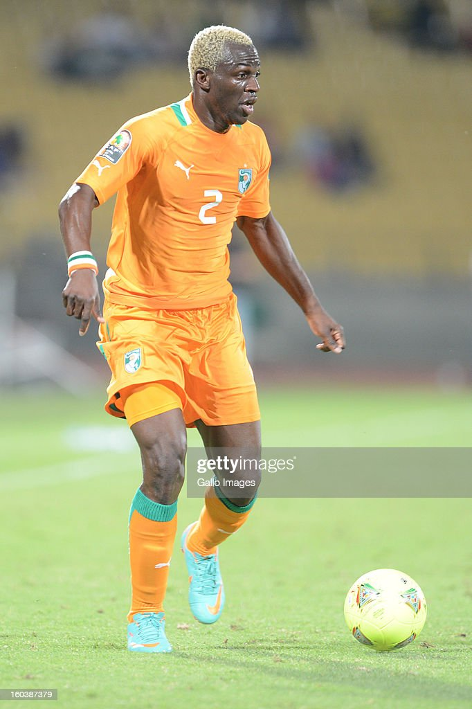 Arouna Kone of Ivory Coast and Foued Kadir of Algeria during the 2013 African Cup of Nations match between Algeria and Ivory Coast at Royal Bafokeng Stadium on January 30, 2013 in Rustenburg, South Africa.