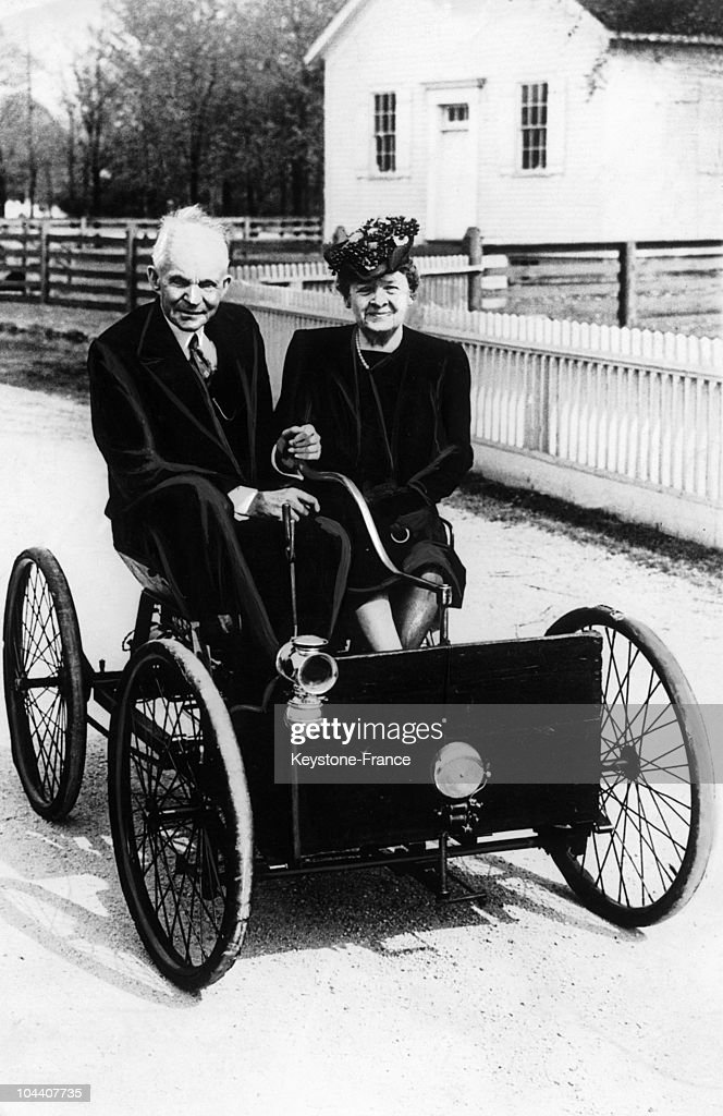 Around 1940 the American industrialist and his wife Clara Bryant FORD taking a ride in  sc 1 st  Getty Images & The Ford Couple And Their First Car Around 1940 Pictures | Getty ... markmcfarlin.com
