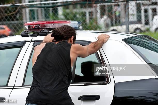 Festgenommen,