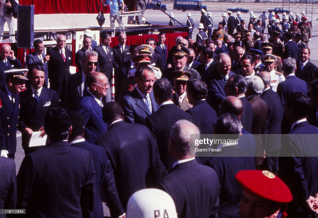 Arrival of US President <a gi-track='captionPersonalityLinkClicked' href=/galleries/search?phrase=Richard+Nixon&family=editorial&specificpeople=92456 ng-click='$event.stopPropagation()'>Richard Nixon</a> to airport of Barajas, with <a gi-track='captionPersonalityLinkClicked' href=/galleries/search?phrase=Francisco+Franco&family=editorial&specificpeople=190209 ng-click='$event.stopPropagation()'>Francisco Franco</a>, for an official visit to Spain, 1970, Madrid, Spain.