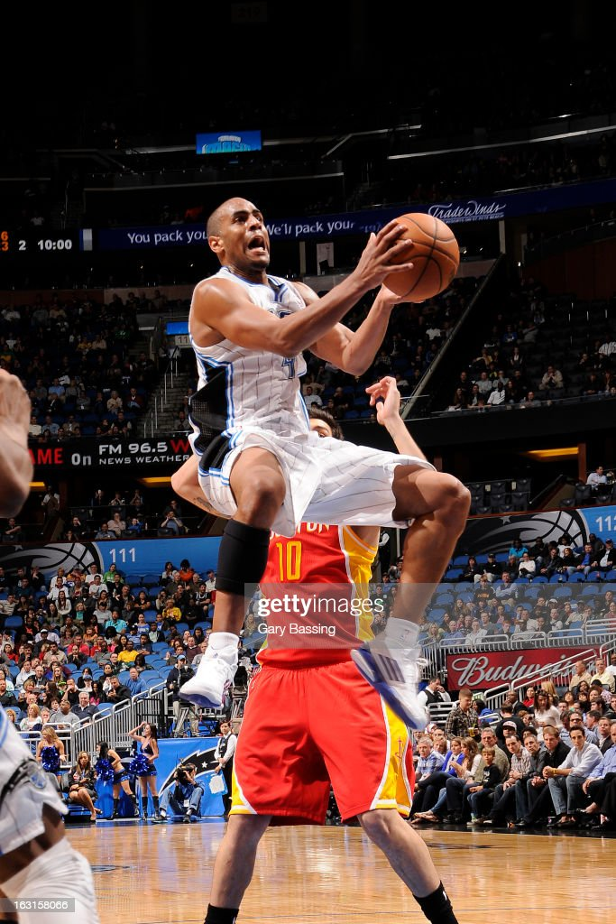 <a gi-track='captionPersonalityLinkClicked' href=/galleries/search?phrase=Arron+Afflalo&family=editorial&specificpeople=640861 ng-click='$event.stopPropagation()'>Arron Afflalo</a> #4 of the Orlando Magic drives to the basket against the Houston Rockets on March 1, 2013 at Amway Center in Orlando, Florida.