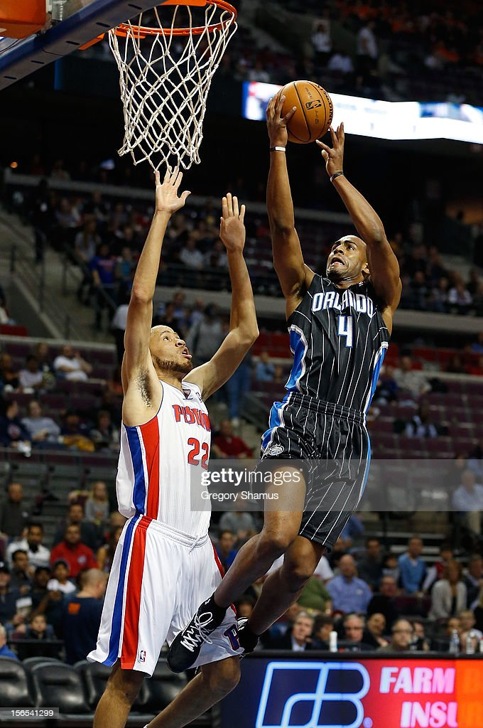 Arron Afflalo #4 of the Orlando Magic gets to the basket for a layup past <a gi-track='captionPersonalityLinkClicked' href=/galleries/search?phrase=Tayshaun+Prince&family=editorial&specificpeople=201553 ng-click='$event.stopPropagation()'>Tayshaun Prince</a> #22 of the Detroit Pistons at the Palace of Auburn Hills on November 16, 2012 in Auburn Hills, Michigan.