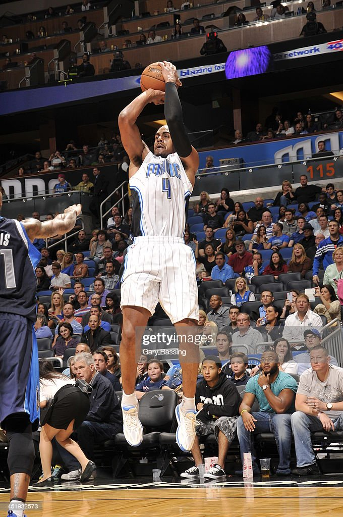 <a gi-track='captionPersonalityLinkClicked' href=/galleries/search?phrase=Arron+Afflalo&family=editorial&specificpeople=640861 ng-click='$event.stopPropagation()'>Arron Afflalo</a> #4 of the Orlando Magic shoots against the Dallas Mavericks on November 16, 2013 at Amway Center in Orlando, Florida.