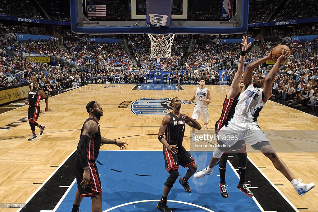 Arron Afflalo #4 of the Orlando Magic shoots against the Miami Heat on December 31, 2012 at Amway Center in Orlando, Florida.