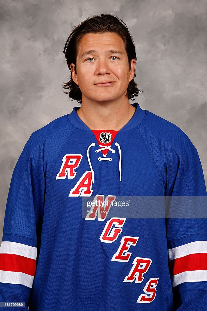 <a gi-track='captionPersonalityLinkClicked' href=/galleries/search?phrase=Arron+Asham&family=editorial&specificpeople=203158 ng-click='$event.stopPropagation()'>Arron Asham</a> of the New York Rangers poses for his official headshot for the 2013-2014 season on September 11, 2013 in White Plains, New York.